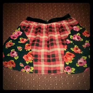 The children's place new skirt size L 10/12